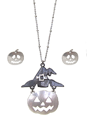 HALLOWEEN THEME PENDANT NECKLACE SET - PUMPKIN