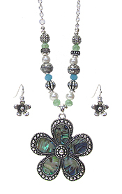 ABALONE PENDANT AND MIX BEAD NECKLACE SET - FLOWER