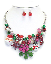 CHRISTMAS THEME MULTI CHARM DANGLE NECKLACE SET