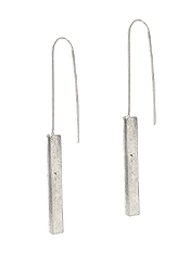 METAL BAR EARRING