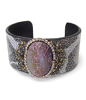 PUFFY STONE AND CRYSTAL ON ANIMAL PRINT BANGLE BRACELET