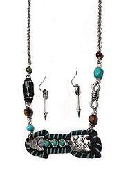 MULTI ARROW AND BEAD MIX NECKLACE SET