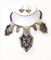 GEOMETRIC METAL TEXTURED NECKLACE SET