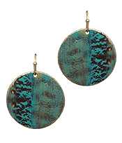 PATINA METAL DISC EARRING