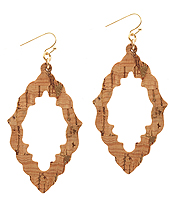 CORK WOOD PRINT LEATHERETTE OPEN QUATREFOIL EARRING