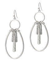METAL HOOP AND BAR DROP EARRING