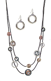 DOUBLE LAYER MULTI RING MIX CORD NECKLACE SET