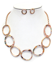 ORGANIC CELLULOSE MULTI RING NECKLACE SET