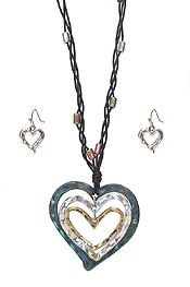 MULTI HEART PENDANT NECKLACE SET