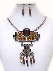GEOMETRIC SHAPE ACRYL BEADS AND METAL ART NECKLACE SET
