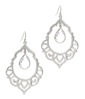 METAL FILIGREE AND CENTER GLASS DROP EARRING
