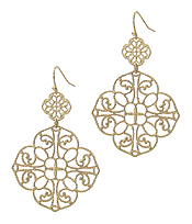 METAL FILIGREE QUATREFOIL EARRING