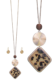 ORGANIC CELLULOSE AND METAL DISC PENDANT LONG NECKLACE SET - TORTOISE