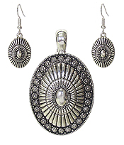NAVAJO STYLE PENDANT AND EARRING SET