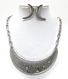 METAL SCRATCH BAR LINK WITH MULTI CRYSTAL ON HALF CHOCKER STYLE NECKLACE EARRING SET