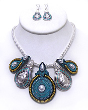 RETRO VINTAGE MOSAIC DESIGN TRIBAL METAL NECKLACE SET