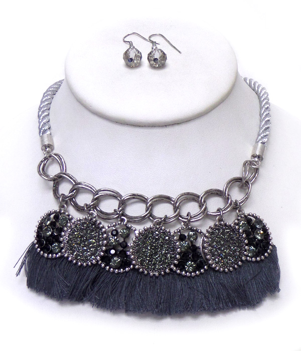 TWISTED ROPE TASSEL BIB NECKLACE SET