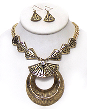 SHELL STYLE TEXTURED METAL DROP NECKLACE SET