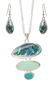 SEA GLASS AND ABALONE PENDANT NECKLACE SET