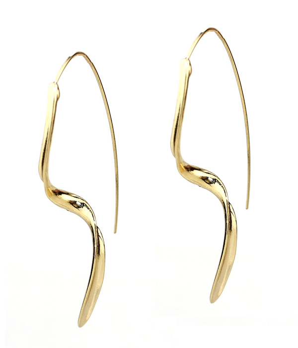 TWIST METAL EARRING