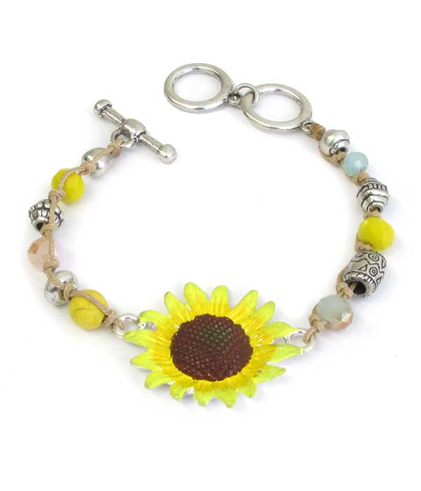 EPOXY SUNFLOWER AND MULTI BEAD CHAIN TOGGLE BRACELET