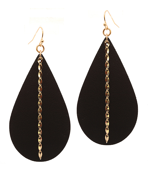 METAL CHAIN AND LEATHERETTE TEARDROP EARRING