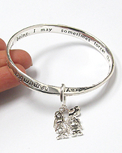 MOM AND DAUGHTER THEME TWIST BANGLE BRACELET