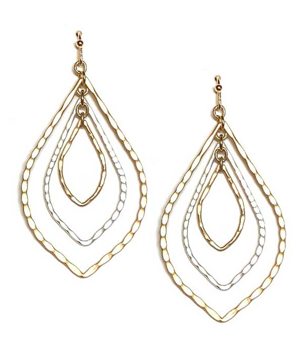TRIPLE METAL TEARDROP EARRING