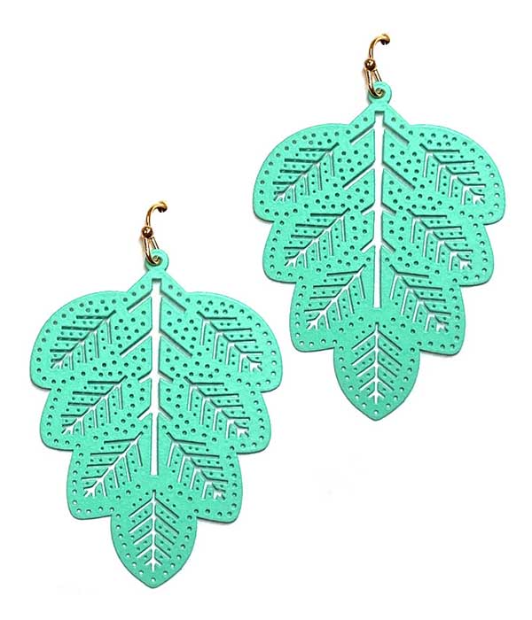RUBBER PLATED LEAF EARRING
