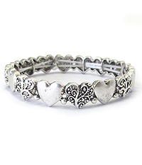 METAL CASTING HEART LINK STRETCH BRACELET