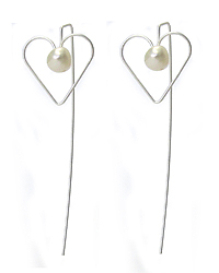 FRESH WATER PEARL HEART DANGLE NEEDLE BACK EARRING
