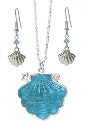 SEALIFE THEME TEXTURED PUFFY PENDANT NECKLACE SET - SHELL