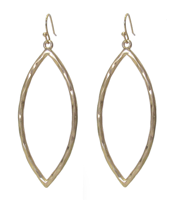 METAL OVAL EARRING