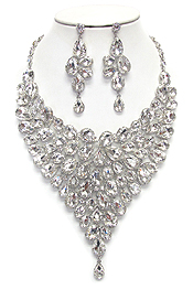 LUXURY CLASS VICTORIAN STYLE AUSTRIAN CRYSTAL CHUNKY PARTY NECKLACE SET
