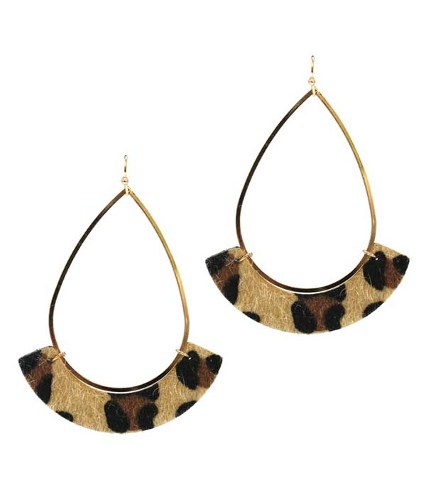 LEATHERETTE AND WIRE TEARDROP EARRING - ANIMAL PRINT