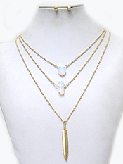 THREE LAYER CHAIN WITH SEMI PRECIOUS STONES FEATHER DROP NECKLACE SET