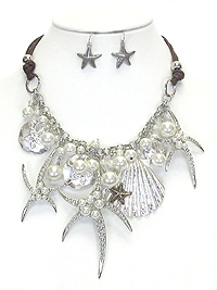 MULTI STARFISH AND SHELL AND PEARL MIX STATEMENT NECKLACE SET