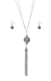 TAILORED METAL BALL AND LONG CHAIN TASSEL DROP NECKLACE SET