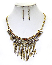 MULTI CRYSTAL AND CHAIN MIX DROP STATEMENT NECKLACE SET