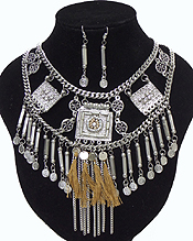 BAROQUE STYLE DOUBLE LAYER CHAIN WITH TASSEL DROP NECKLACE SET