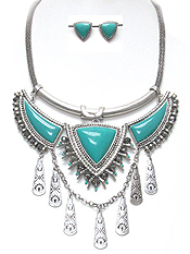 METAL AND STONE BIB STATEMENT NECKLACE SET