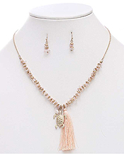 SEMI PRECIOUS CHIPSTONE AND TASSEL DROP NECKLACE SET - TURTLE