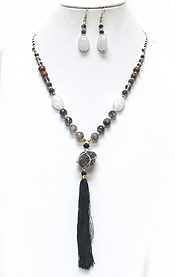 WOOD TYPE BEADS WITH TASSEL DROP NECKLACE
