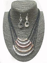 MULTI LAYER METAL TUBE AND CORD NECKLACE SET