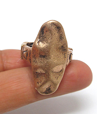 HAMMERED METAL STRETCH RING