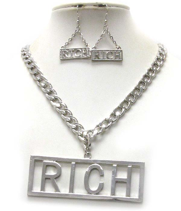 LARGE RICH  PENDANT AND THICK CHAIN NECKLACE EARRING SET