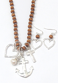 ANCHOR AND HEART PENDANT WOOD BEAD LONG NECKLACE SET