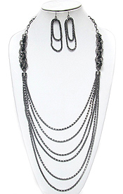 CRYSTAL RING AND MULTI STRAND METAL BOX CHAIN HANGING DROP LONG NECKLACE EARRING SET