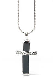 WHITEGOLD PLATING CRYSTAL AND JET GLASS CROSS PENDANT NECKLACE