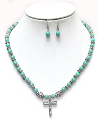 TURQUOISE AND CRYSTAL CROSS PENDANT NECKLACE